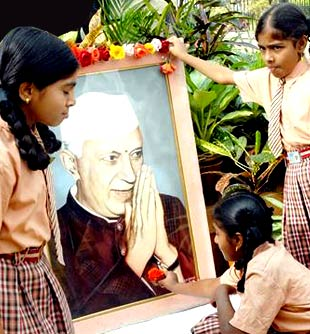 Jawaharlal+nehru+photos+with+children
